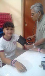 María Álvarez de la I.E. San Miguel pasaron examen médico y quedaron listos para la carrera pedestre